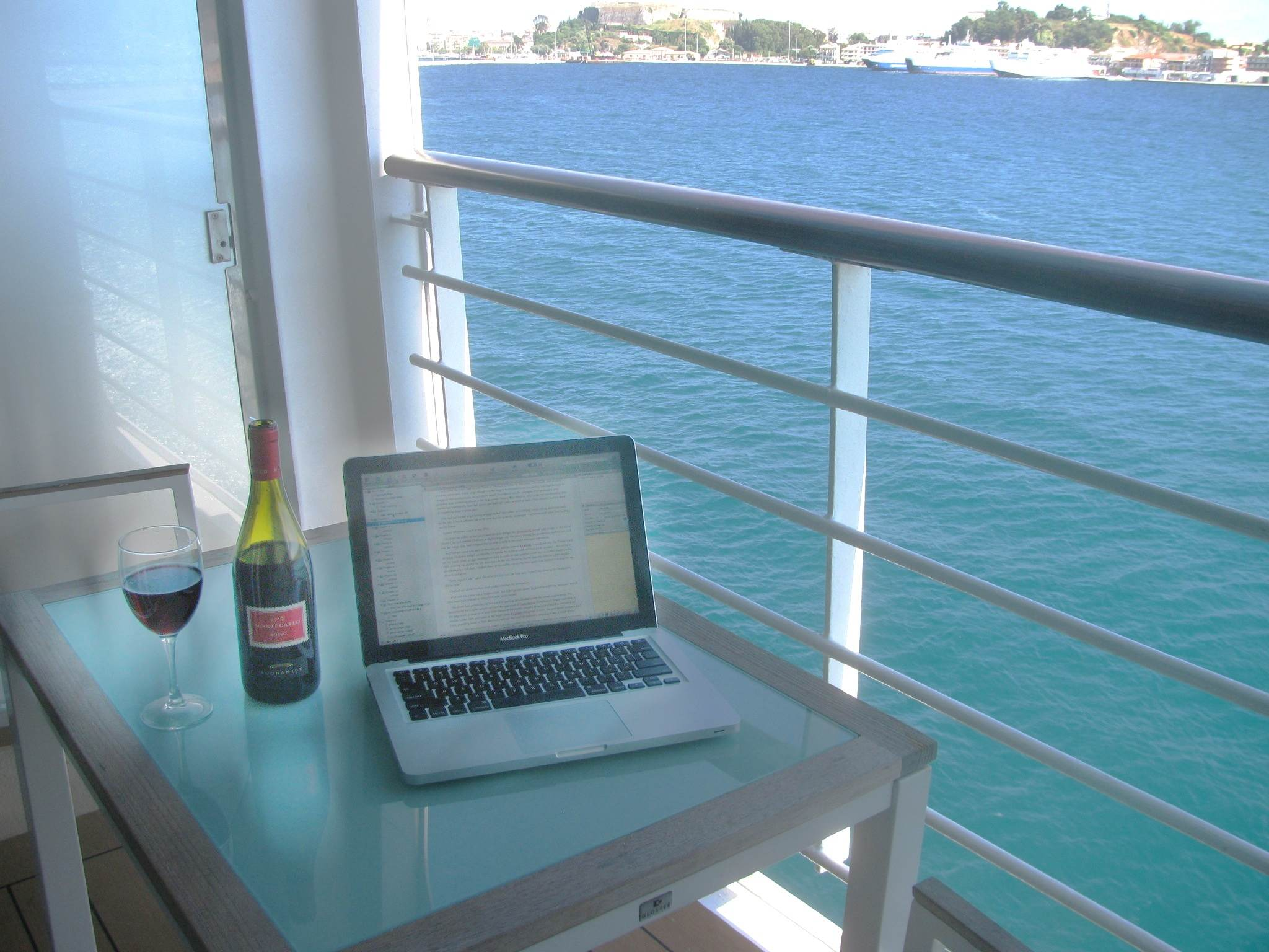 The Traveling Writer